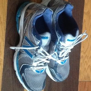 Gently worn New Balance Sz 11 gray teal silver